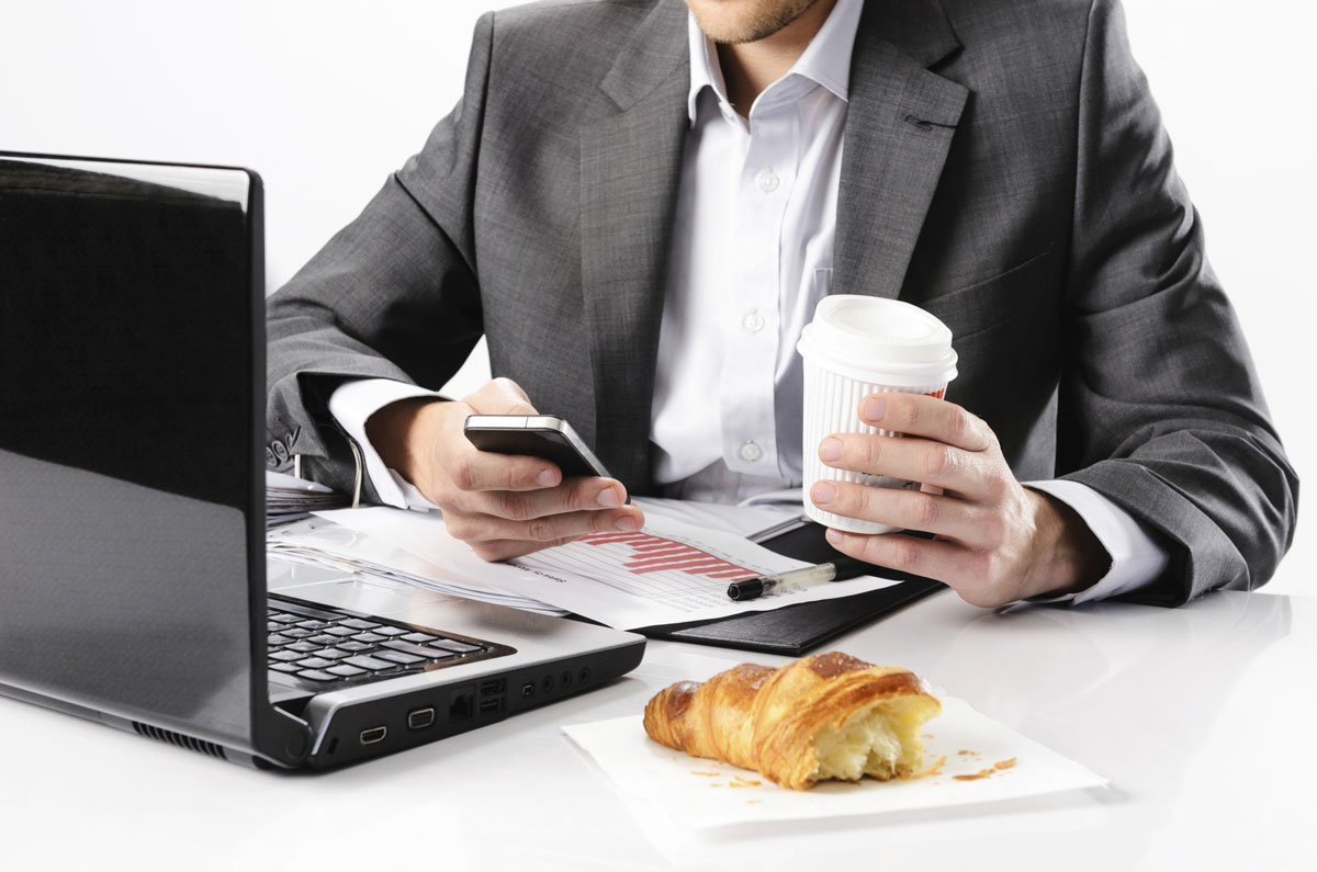 Eating-at-work-v1